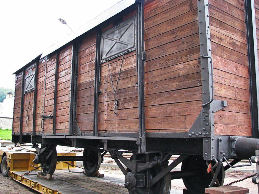 wagon w w Centrum Dokumentacji Deportacji Górnoślązaków